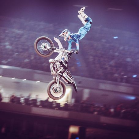 NIGHT OF THE JUMPS byBENOTT 47