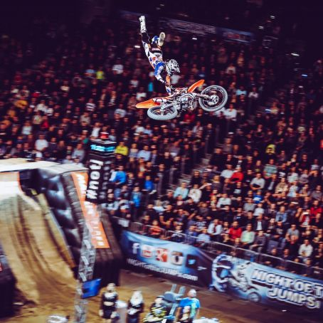 NIGHT OF THE JUMPS byBENOTT 73